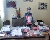 """Servidores da Educação recebem máscaras de proteção tipo """"face shields"""" em proteção ao Covid-19"""